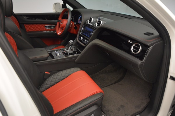 Used 2018 Bentley Bentayga Onyx for sale Call for price at Bentley Greenwich in Greenwich CT 06830 26