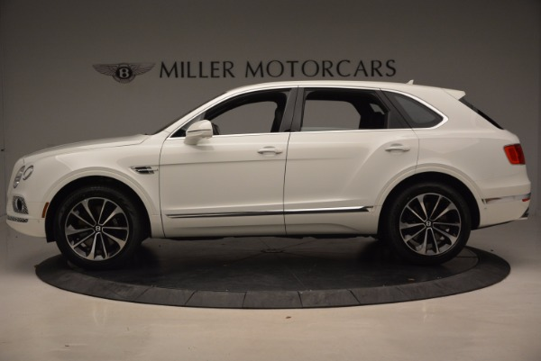 Used 2018 Bentley Bentayga Onyx for sale Call for price at Bentley Greenwich in Greenwich CT 06830 3