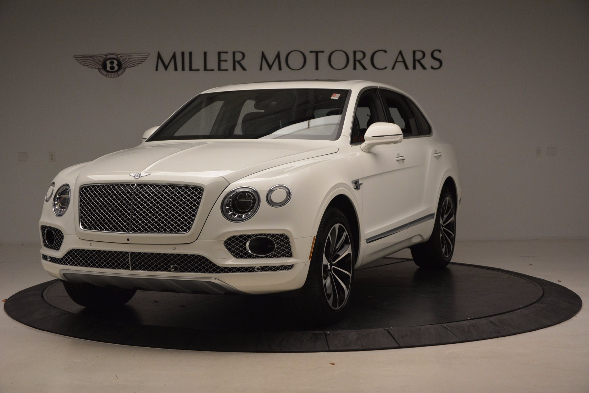 Used 2018 Bentley Bentayga Onyx for sale Call for price at Bentley Greenwich in Greenwich CT 06830 1