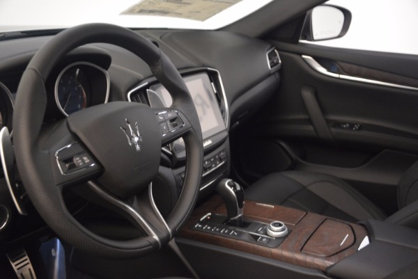 Used 2018 Maserati Ghibli S Q4 Gransport for sale Sold at Bentley Greenwich in Greenwich CT 06830 14