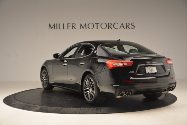 Used 2018 Maserati Ghibli S Q4 Gransport for sale Sold at Bentley Greenwich in Greenwich CT 06830 5