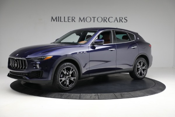 Used 2018 Maserati Levante Q4 for sale $57,900 at Bentley Greenwich in Greenwich CT 06830 2