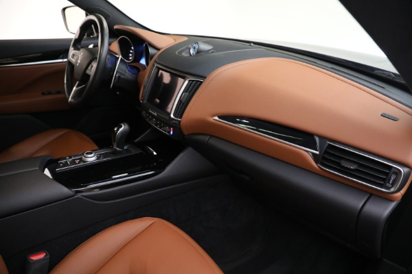 Used 2018 Maserati Levante Q4 for sale $57,900 at Bentley Greenwich in Greenwich CT 06830 21