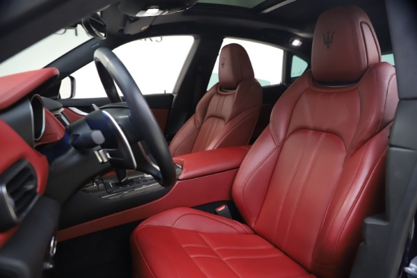 Used 2018 Maserati Levante S GranSport for sale $66,900 at Bentley Greenwich in Greenwich CT 06830 14