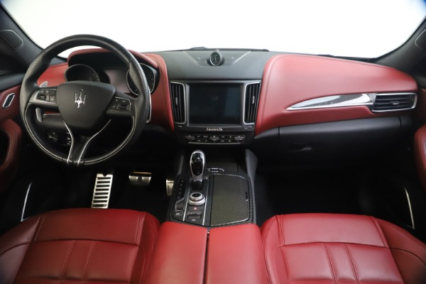Used 2018 Maserati Levante S GranSport for sale $66,900 at Bentley Greenwich in Greenwich CT 06830 17