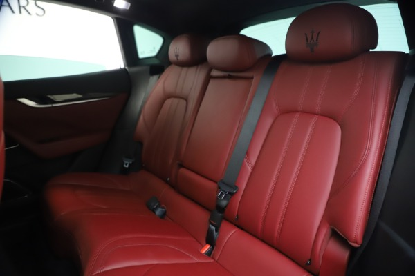 Used 2018 Maserati Levante S GranSport for sale $66,900 at Bentley Greenwich in Greenwich CT 06830 19