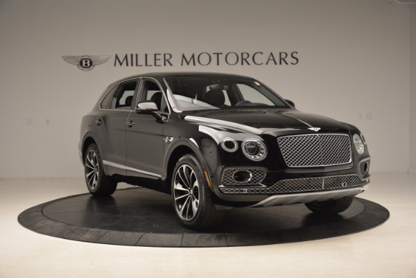 Used 2018 Bentley Bentayga Onyx for sale $145,900 at Bentley Greenwich in Greenwich CT 06830 13