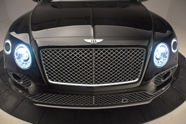 New 2018 Bentley Bentayga Onyx for sale Sold at Bentley Greenwich in Greenwich CT 06830 15