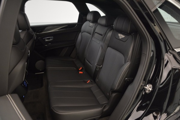 Used 2018 Bentley Bentayga Onyx Edition for sale $139,900 at Bentley Greenwich in Greenwich CT 06830 24