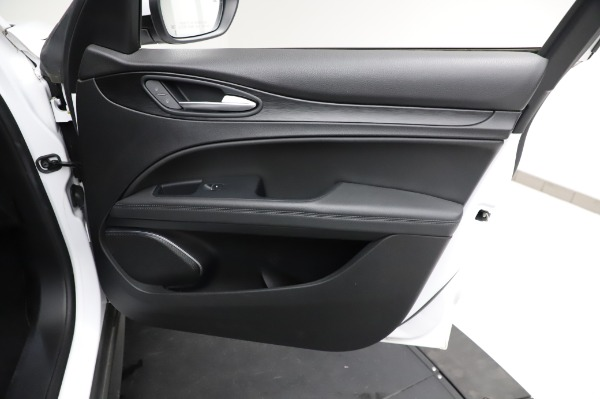 Used 2018 Alfa Romeo Stelvio Q4 for sale Sold at Bentley Greenwich in Greenwich CT 06830 24