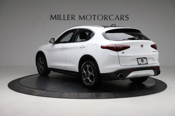 Used 2018 Alfa Romeo Stelvio Q4 for sale Sold at Bentley Greenwich in Greenwich CT 06830 5