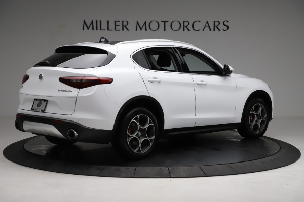 Used 2018 Alfa Romeo Stelvio Q4 for sale Sold at Bentley Greenwich in Greenwich CT 06830 9