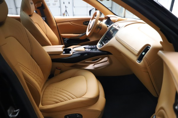 New 2021 Aston Martin DBX for sale $211,986 at Bentley Greenwich in Greenwich CT 06830 21