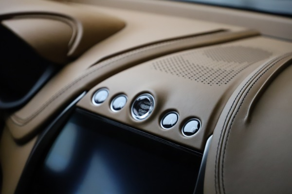 New 2021 Aston Martin DBX for sale $211,986 at Bentley Greenwich in Greenwich CT 06830 25