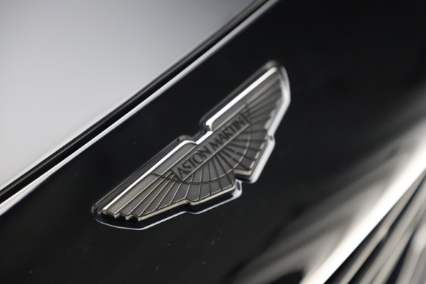 New 2021 Aston Martin DBX for sale $211,986 at Bentley Greenwich in Greenwich CT 06830 26