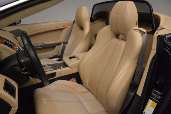 Used 2014 Aston Martin V8 Vantage Roadster for sale Sold at Bentley Greenwich in Greenwich CT 06830 23