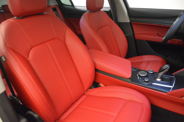 New 2018 Alfa Romeo Stelvio Q4 for sale Sold at Bentley Greenwich in Greenwich CT 06830 21