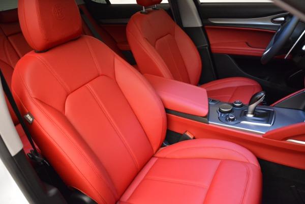 New 2018 Alfa Romeo Stelvio Sport Q4 for sale Sold at Bentley Greenwich in Greenwich CT 06830 21
