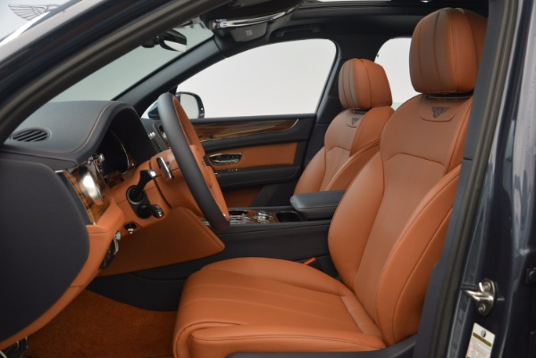 Used 2018 Bentley Bentayga Onyx for sale Sold at Bentley Greenwich in Greenwich CT 06830 19