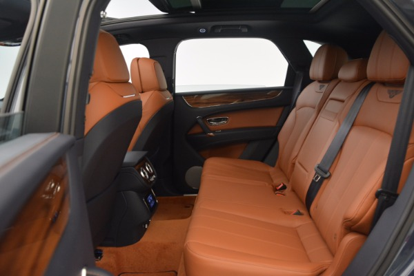 Used 2018 Bentley Bentayga Onyx for sale Sold at Bentley Greenwich in Greenwich CT 06830 25