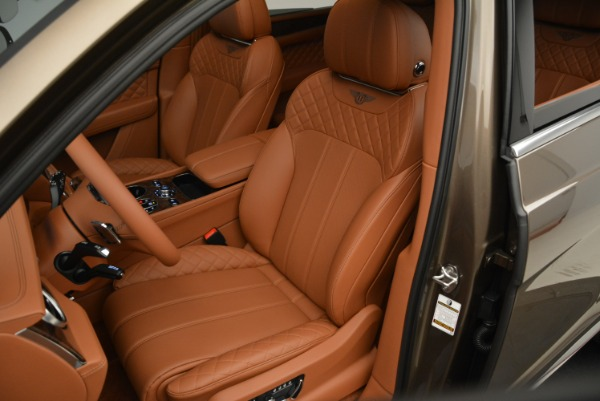 Used 2018 Bentley Bentayga W12 Signature for sale $159,900 at Bentley Greenwich in Greenwich CT 06830 21
