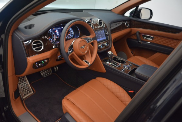 Used 2018 Bentley Bentayga W12 Signature for sale Call for price at Bentley Greenwich in Greenwich CT 06830 22
