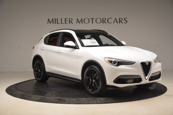 New 2018 Alfa Romeo Stelvio Ti Sport Q4 for sale Sold at Bentley Greenwich in Greenwich CT 06830 11