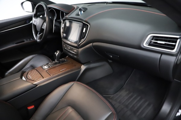 Used 2018 Maserati Ghibli S Q4 for sale Sold at Bentley Greenwich in Greenwich CT 06830 23