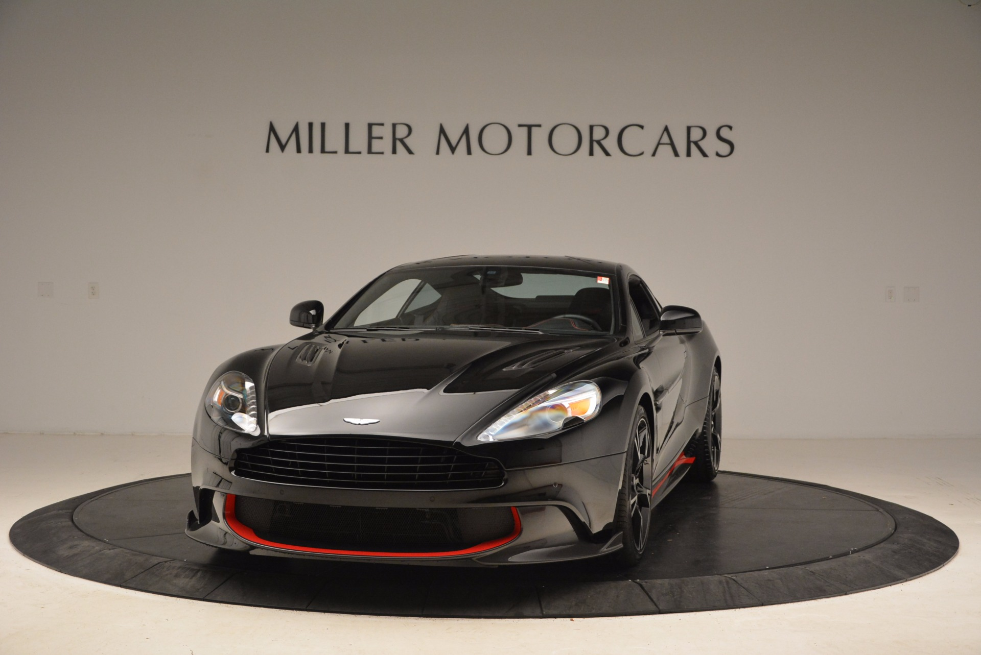 Used 2018 Aston Martin Vanquish S for sale Sold at Bentley Greenwich in Greenwich CT 06830 1