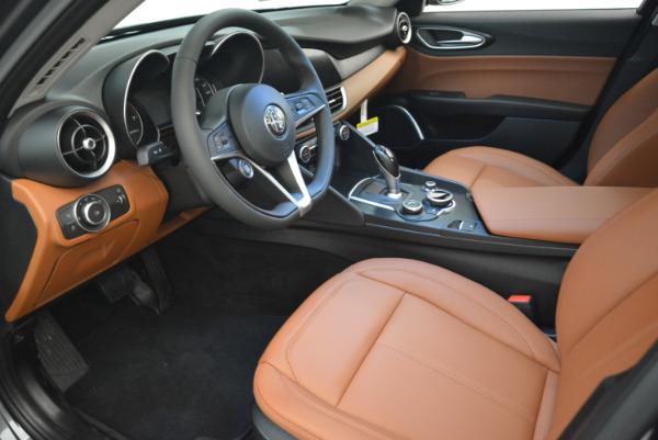 New 2018 Alfa Romeo Giulia Q4 for sale Sold at Bentley Greenwich in Greenwich CT 06830 13