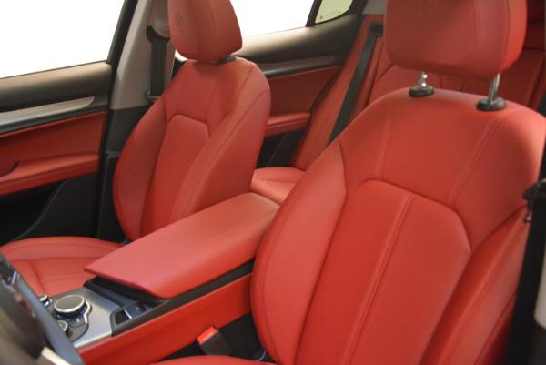 New 2018 Alfa Romeo Stelvio Sport Q4 for sale Sold at Bentley Greenwich in Greenwich CT 06830 15