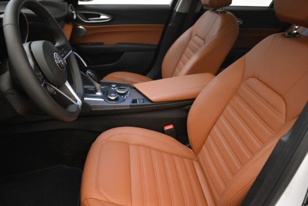 New 2018 Alfa Romeo Giulia Ti Lusso Q4 for sale Sold at Bentley Greenwich in Greenwich CT 06830 14