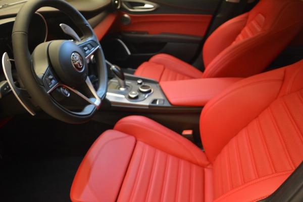 New 2018 Alfa Romeo Giulia Sport Q4 for sale Sold at Bentley Greenwich in Greenwich CT 06830 15