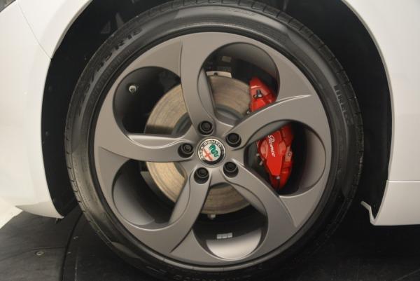 New 2018 Alfa Romeo Giulia Sport Q4 for sale Sold at Bentley Greenwich in Greenwich CT 06830 22