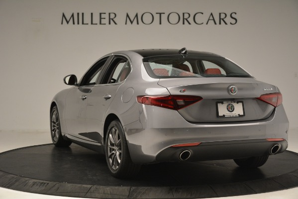 Used 2018 Alfa Romeo Giulia Q4 for sale Sold at Bentley Greenwich in Greenwich CT 06830 5