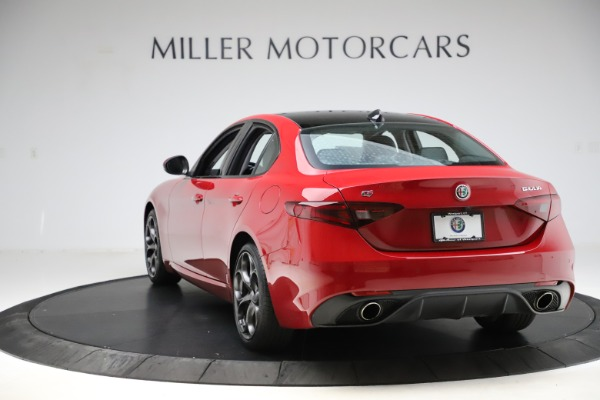 Used 2018 Alfa Romeo Giulia Ti Sport Q4 for sale Sold at Bentley Greenwich in Greenwich CT 06830 5