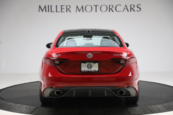 Used 2018 Alfa Romeo Giulia Ti Sport Q4 for sale Sold at Bentley Greenwich in Greenwich CT 06830 6