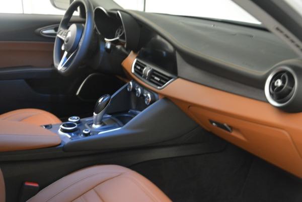New 2018 Alfa Romeo Giulia Ti Lusso Q4 for sale Sold at Bentley Greenwich in Greenwich CT 06830 23