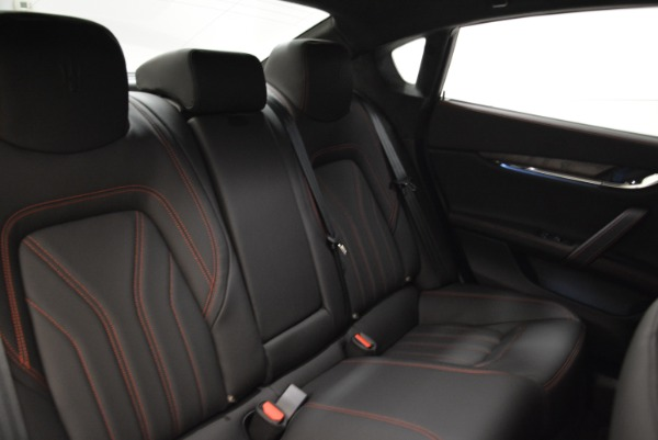 Used 2018 Maserati Quattroporte S Q4 GranLusso for sale Sold at Bentley Greenwich in Greenwich CT 06830 25