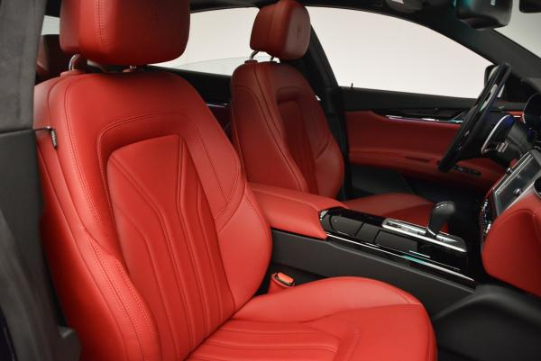 New 2016 Maserati Quattroporte S Q4  *******      DEALER'S  DEMO for sale Sold at Bentley Greenwich in Greenwich CT 06830 24