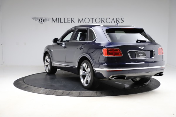 Used 2018 Bentley Bentayga W12 Signature for sale $154,900 at Bentley Greenwich in Greenwich CT 06830 6