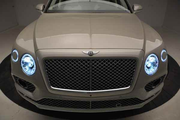 New 2018 Bentley Bentayga Signature for sale Sold at Bentley Greenwich in Greenwich CT 06830 14