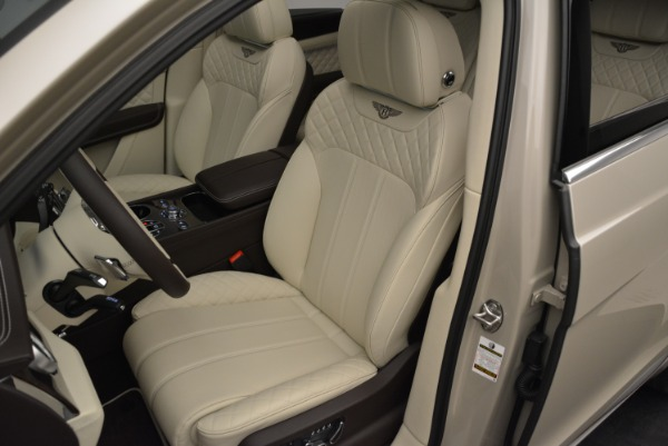 New 2018 Bentley Bentayga Signature for sale Sold at Bentley Greenwich in Greenwich CT 06830 19