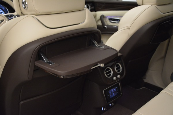 New 2018 Bentley Bentayga Signature for sale Sold at Bentley Greenwich in Greenwich CT 06830 23