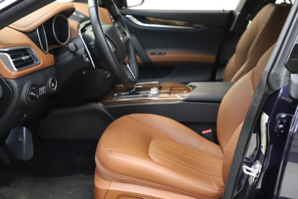 Used 2018 Maserati Ghibli S Q4 for sale $53,900 at Bentley Greenwich in Greenwich CT 06830 15