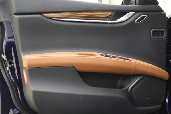 Used 2018 Maserati Ghibli S Q4 for sale $53,900 at Bentley Greenwich in Greenwich CT 06830 17