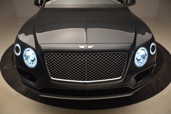 Used 2018 Bentley Bentayga W12 Signature for sale Sold at Bentley Greenwich in Greenwich CT 06830 18