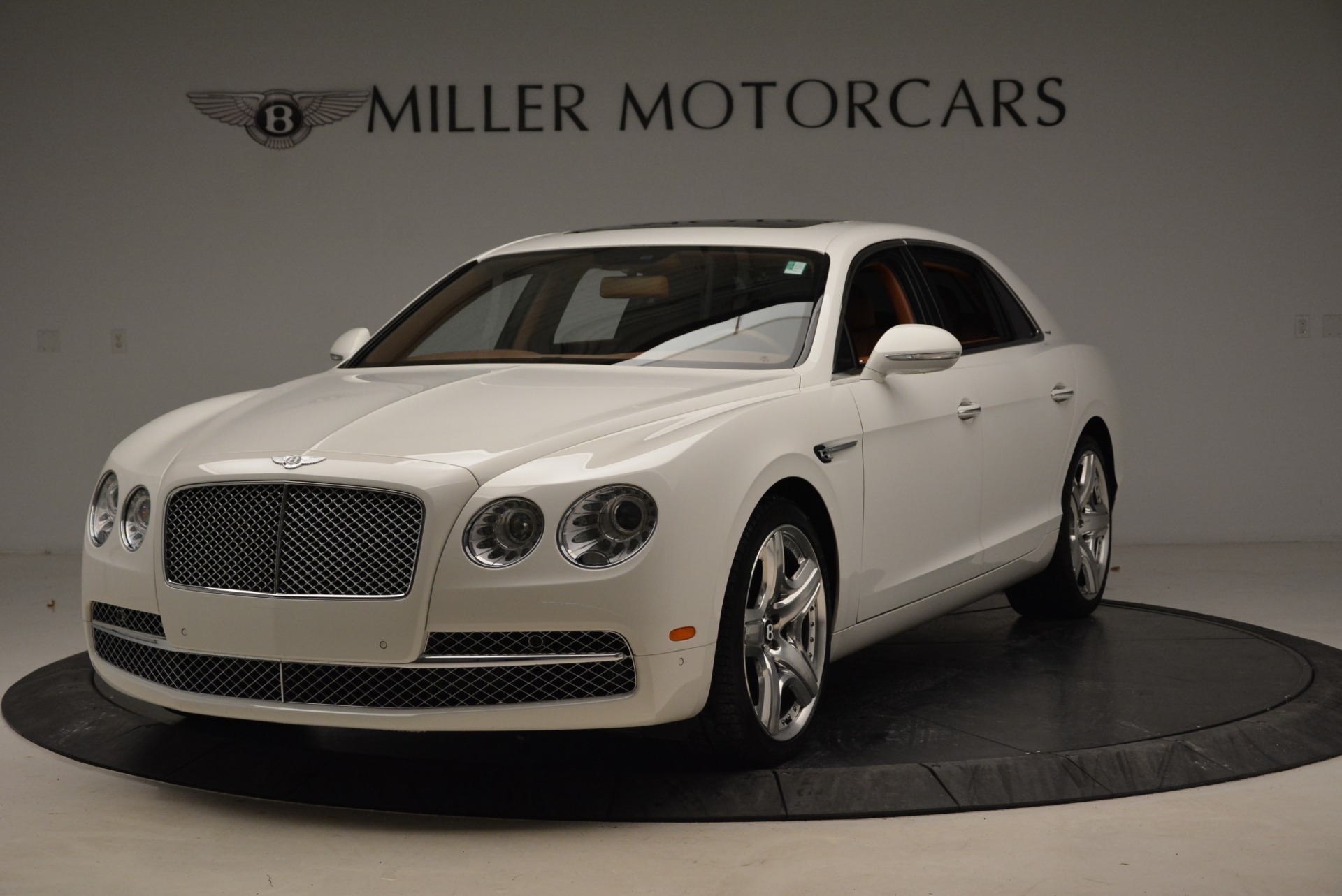 Used 2014 Bentley Flying Spur W12 for sale Sold at Bentley Greenwich in Greenwich CT 06830 1