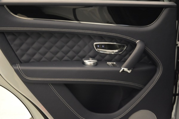 Used 2017 Bentley Bentayga for sale Sold at Bentley Greenwich in Greenwich CT 06830 23