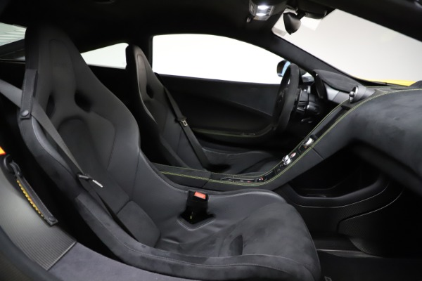 Used 2016 McLaren 675LT for sale $225,900 at Bentley Greenwich in Greenwich CT 06830 22